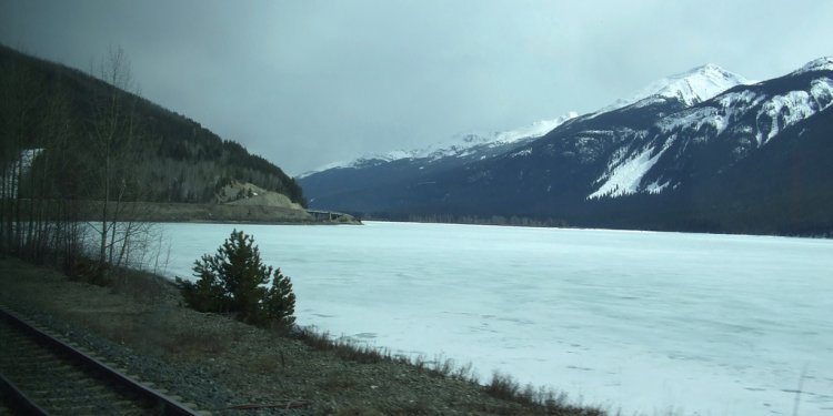 (Mike) Frozen Fraser River