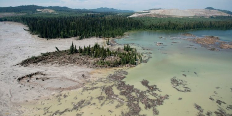 Mount Polley mine: tourism